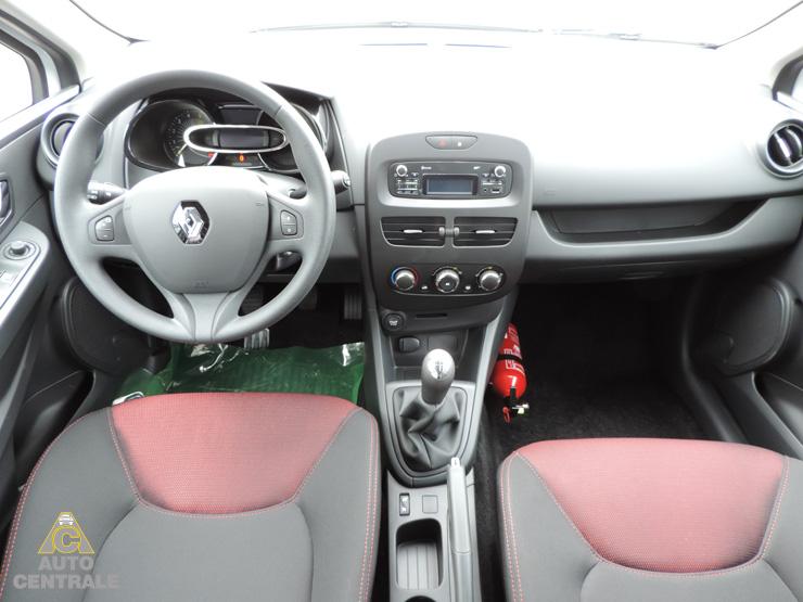 Livraison de la renault clio 4 authentique dci 75 eco2 for Renault clio 2 interieur